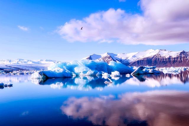 iceland-2315440_640.jpg